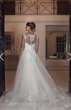 Load image into Gallery viewer, Phillippa Bridal Gown