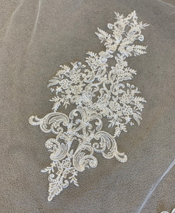 Niamh Luxury veil