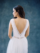 Load image into Gallery viewer, Maya bridal Gown