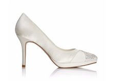 Load image into Gallery viewer, Eloisa Bridal Shoes