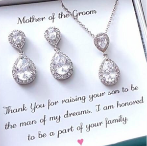 Teardrop pendant gift set