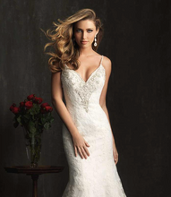 Load image into Gallery viewer, Skylar Bridal Gown