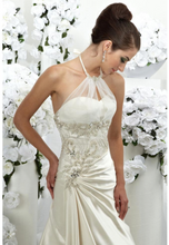 Load image into Gallery viewer, Della Wedding gown