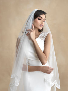 Emma Luxury Veil