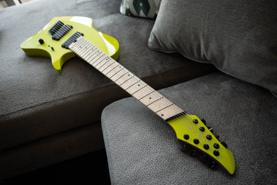 LARADA 8 // Master Series // Acid Green