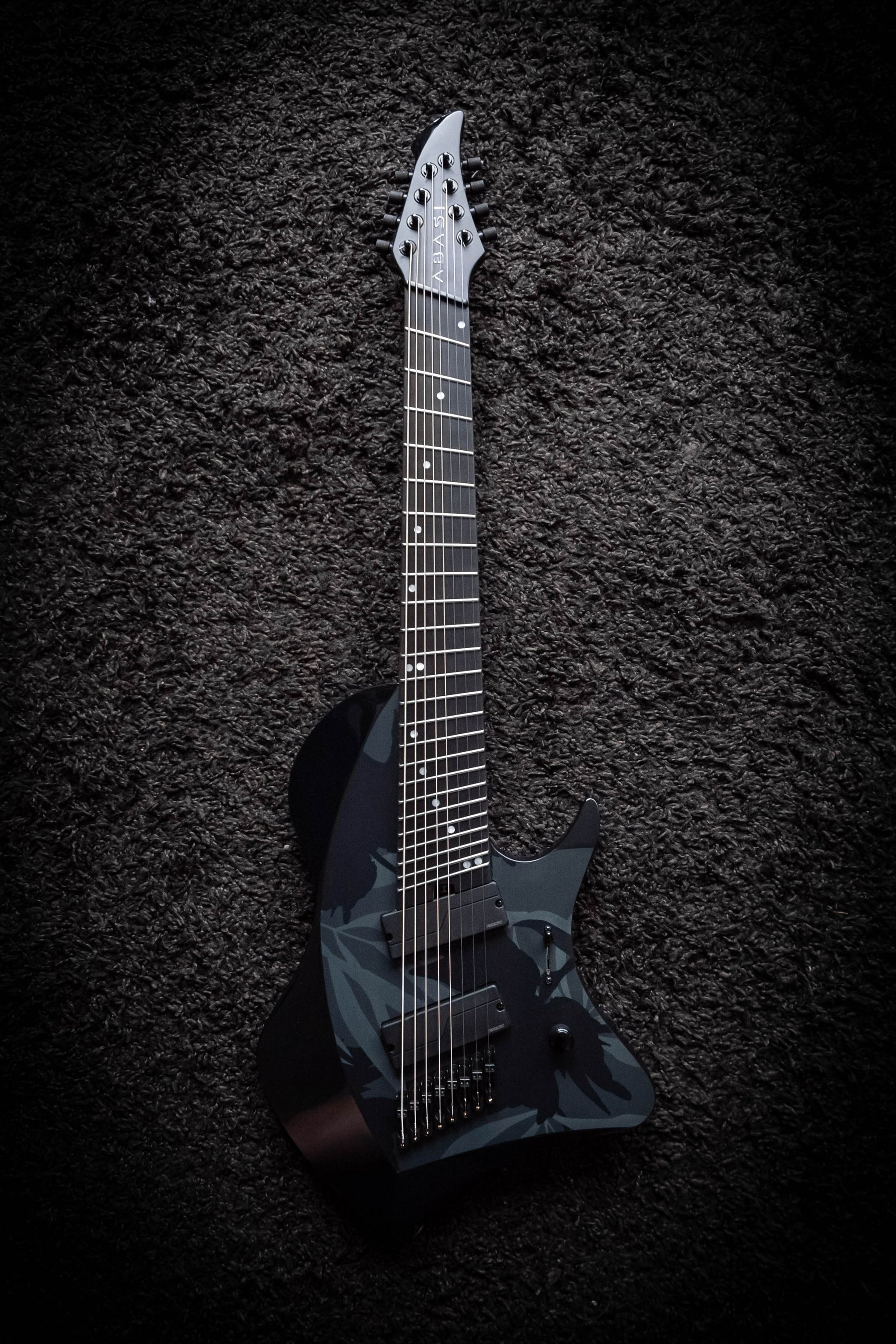 LARADA 8 // Master Series // Night Garden (B-Stock)