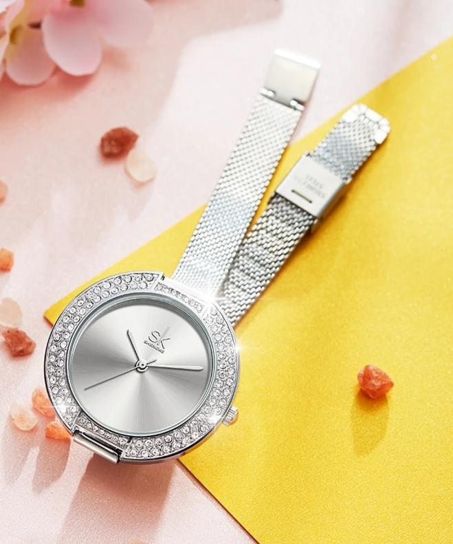 Diamond Dial Bracelet Wristwatch For Women