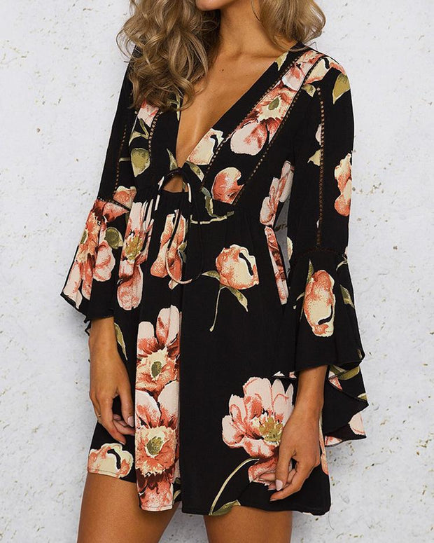 Stylish Flared V Neck Floral Print Mini Dress