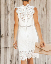 Lace Trim Sleeveless Midi Dress