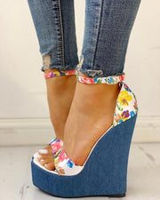 Floral Peep-toe Platform Wedge Sandals
