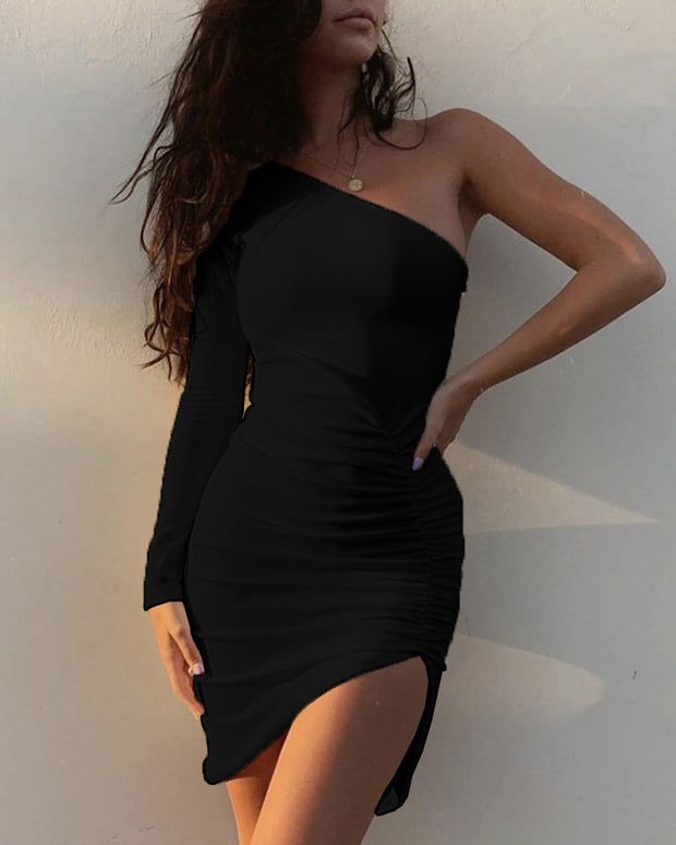 Solid One Shoulder Ruched Slit Dress