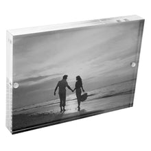 Load image into Gallery viewer, Acrylic 5 x 7 Magnetic Block Picture Frames