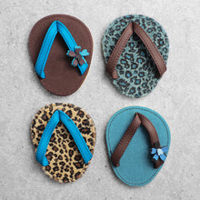 Load image into Gallery viewer, Drinkwear 4-Piece Jaquar Flip Flop Coaster