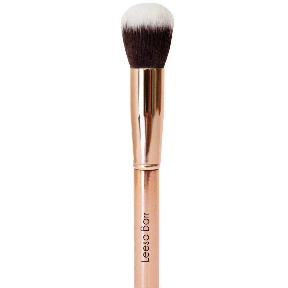 Luxe Powder Brush - leesabarr.com.au