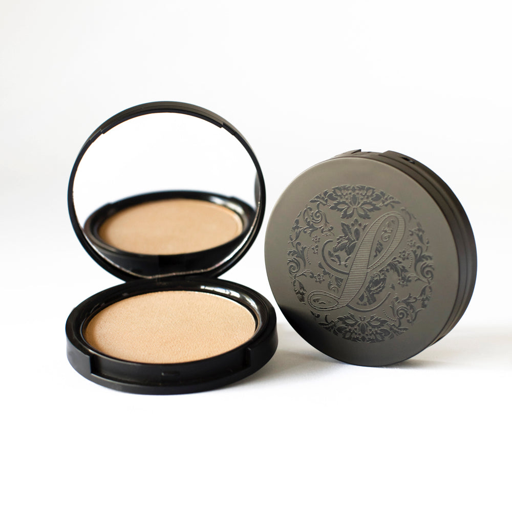 Multi-Tasking Pressed Powder Foundation No.4 - leesabarr.com.au
