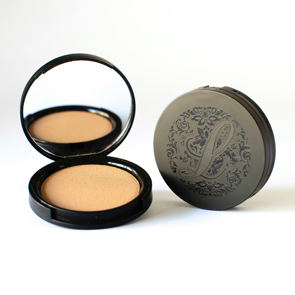 Multi-Tasking Pressed Powder Foundation No.5 - leesabarr.com.au