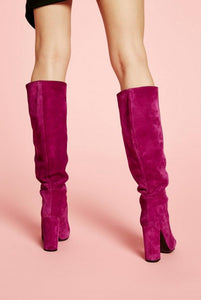 BOTA TACON ALTA PURPURA MODELO TUBE ANIYE BY
