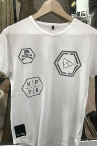 Camiseta KPLAY piedras brillantes