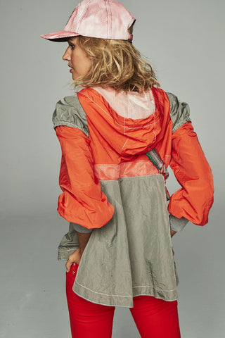 Image of Canguro Highly Preppy Impermeable Naranja