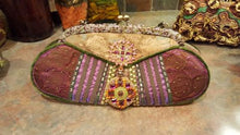 Load image into Gallery viewer, Mary Frances Hand Bag Oblong Retired Design