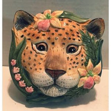 Load image into Gallery viewer, Fitz & Floyd Classics - Serengeti Leopard Covered Box