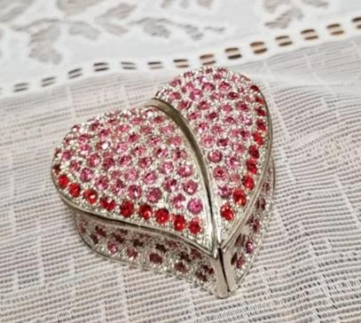 Red Heart Trinket Jewelry Box