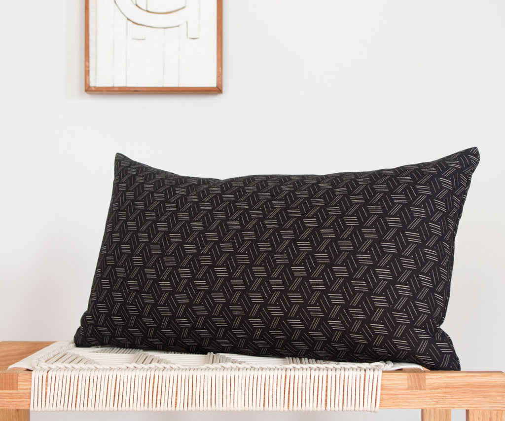 Basket Weave Print Pillow in Black