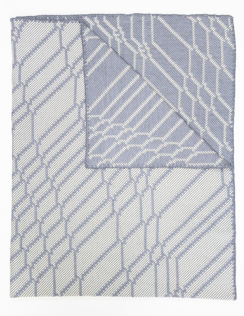 Wolfram's Web Merino Woven Throw - Grey White