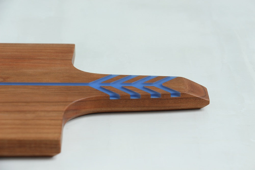 ARROW BOARD CHERRY/ELECTRIC BLUE