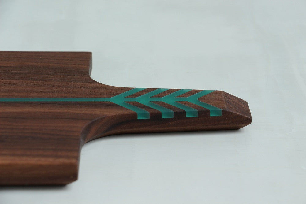 ARROW BOARD WALNUT/ELECTRIC GREEN