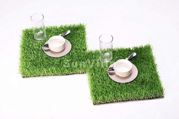 SunVilla Artificial Grass Square Tiles - 12 x 12 Inch Small Turf Grass Craft Piece Indoor Outdoor Wall Decorations for Wedding, Christmas, for All Holidays and Occasions