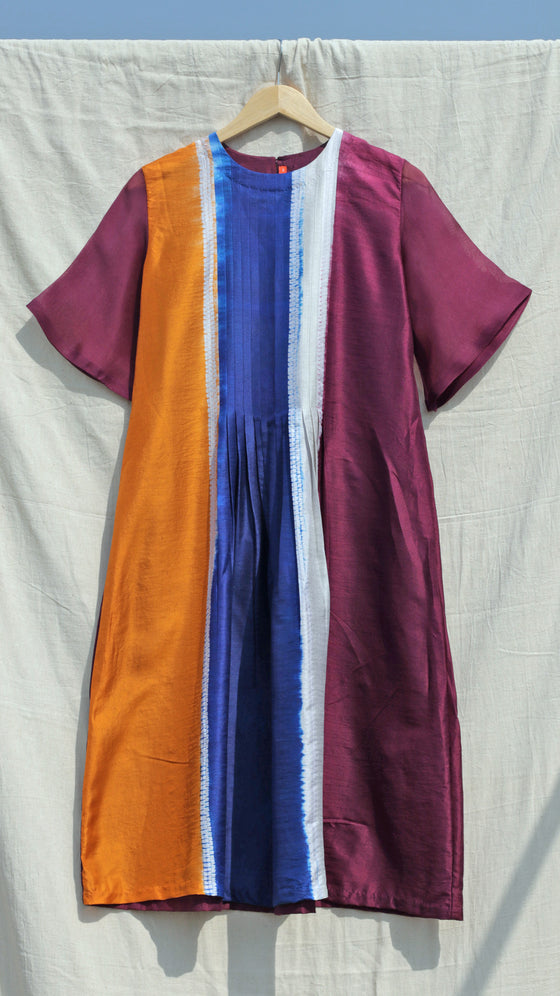 Colour-blocked Shibori Kurta