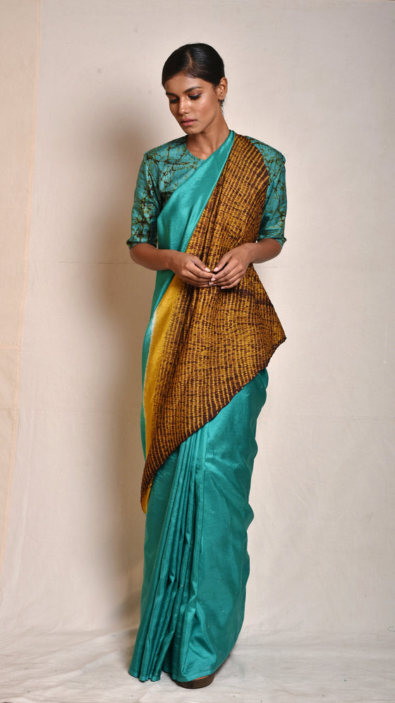 Sea-green Abstract Nui-shibori Saree