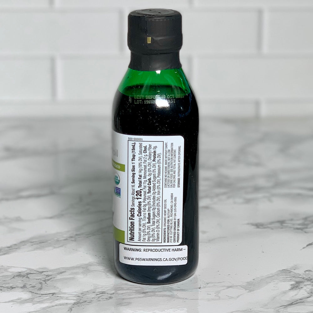 Load image into Gallery viewer, Organic Hemp Seed Oil (8 oz)