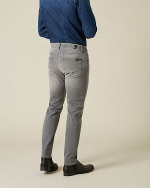 Slimmy Tapered Luxe Performance Plus Grey Jean