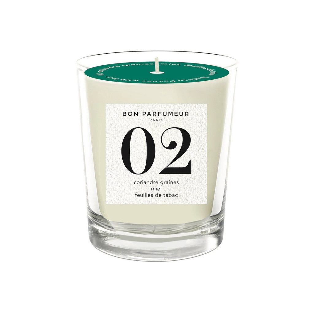 Candle 02: coriander seed, honey, tobacco leaf