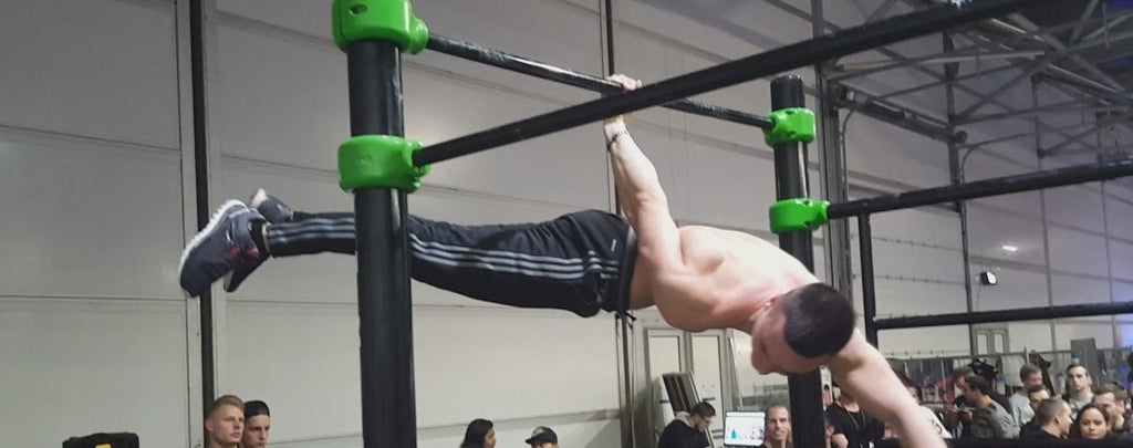 one-arm-back-lever