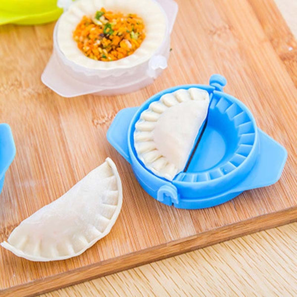 Plastic food-grade kitchenware package