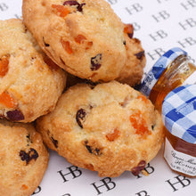 Load image into Gallery viewer, Fresh Baked Scones (6 Persons)