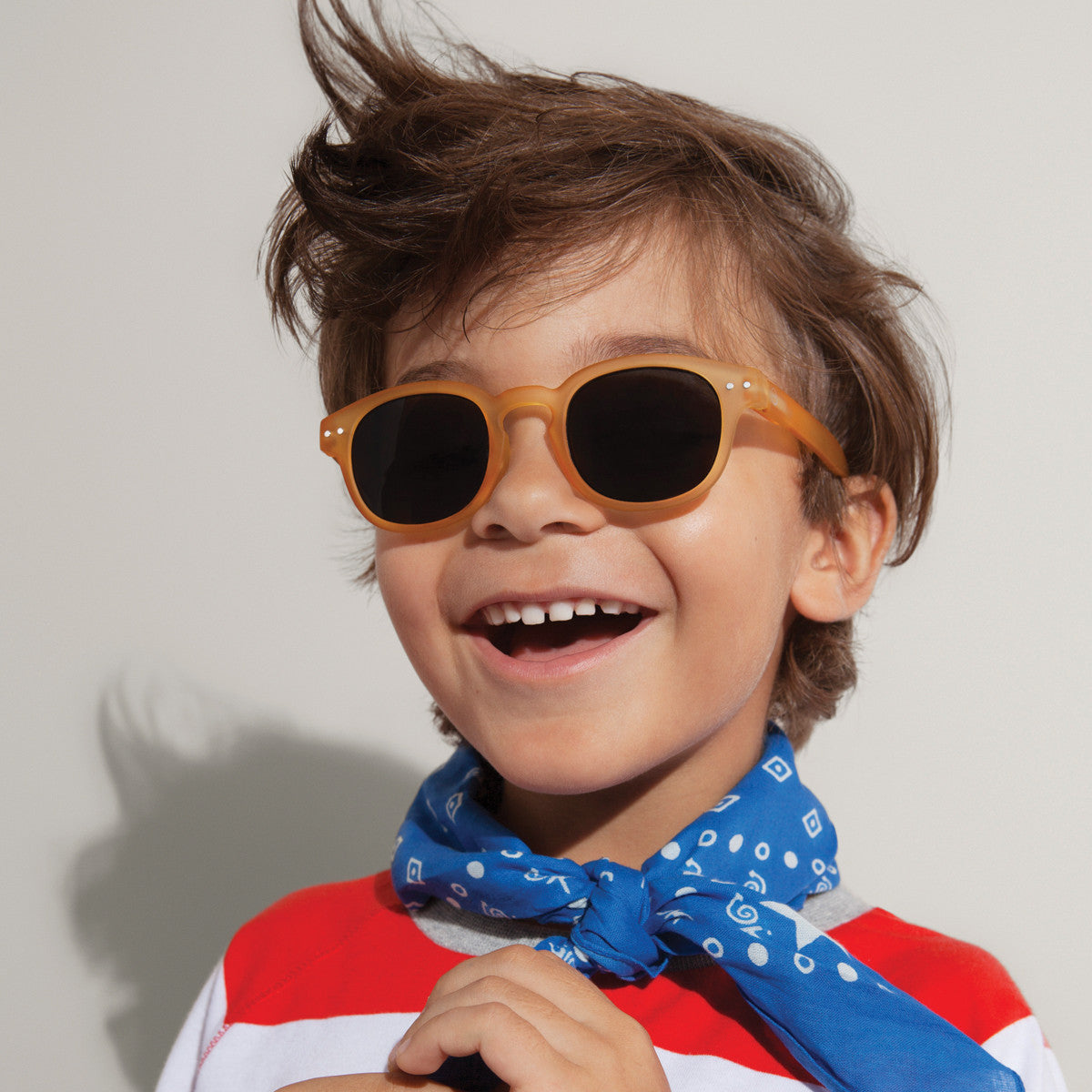 JUNIOR KIDS SUNGLASSES / 3-10 YEARS / STYLE C / NAVY BLUE