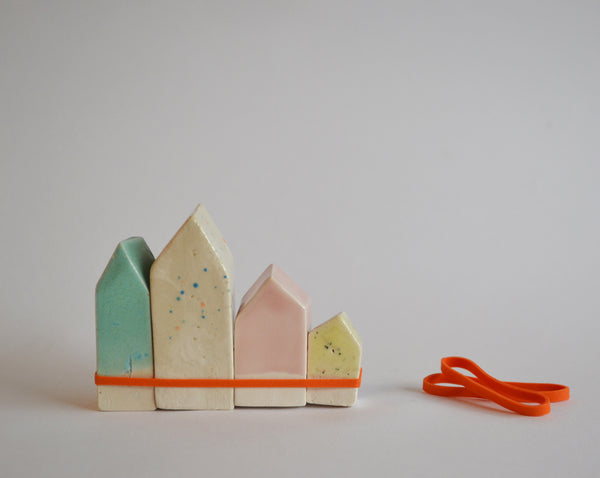 Amsterdam Houses - orange elastic band