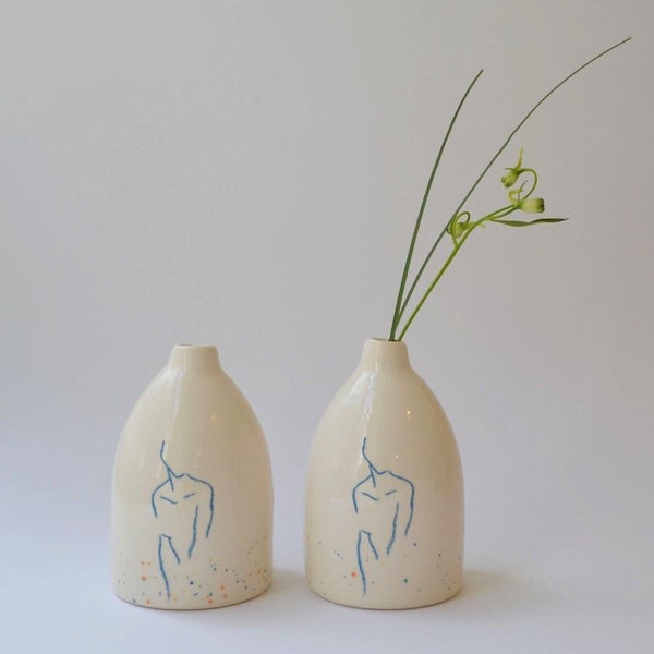 Figure Vase Speckled