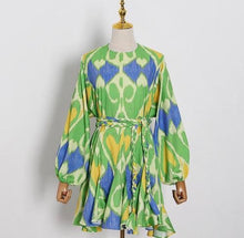 Load image into Gallery viewer, www.scarlt.com high quakity dresses fashion affordable free shipping delivery uae dubai