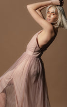 Load image into Gallery viewer, Arabella Amo Couture Pink Dress