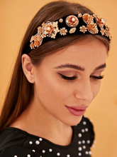 Load image into Gallery viewer, Gold Metallic Flower Headband