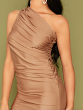 Load image into Gallery viewer, Scarlt.com high quality affordable dresses uae dubai
