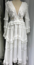 Load image into Gallery viewer, www.scarlt.com high quality dresses at affordable prices dubai uae