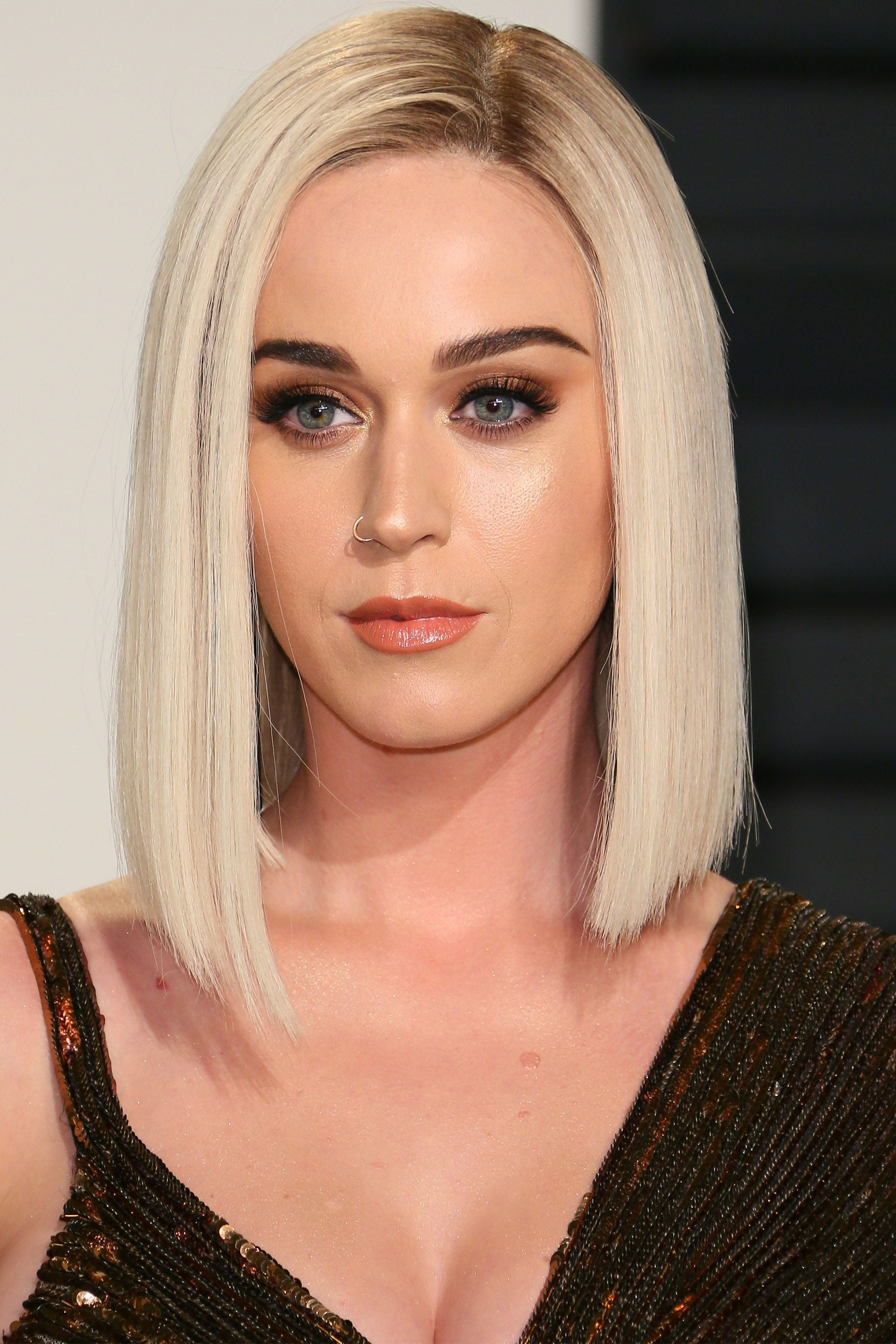 Katy Perry rocking the LOB Trend on red carpet