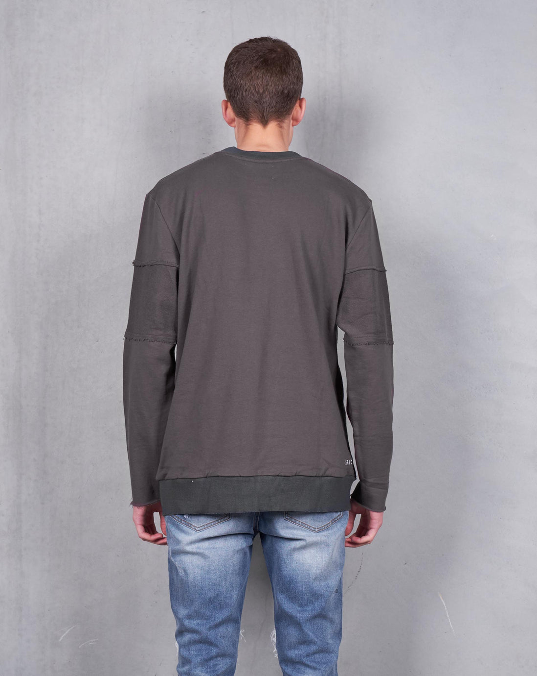 SOLO PULLOVER - CHARCOAL