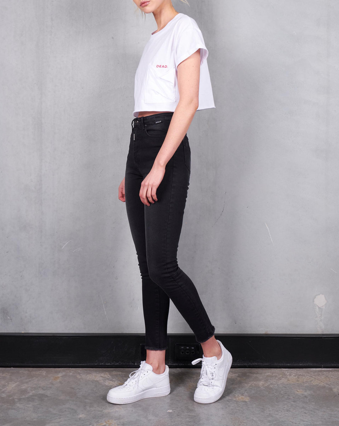 ROLLED CROP TEE - WHITE